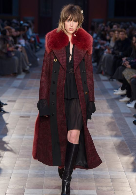 Edie Campbell - Sonia Rykiel Fashion Show in Paris, March 2016
