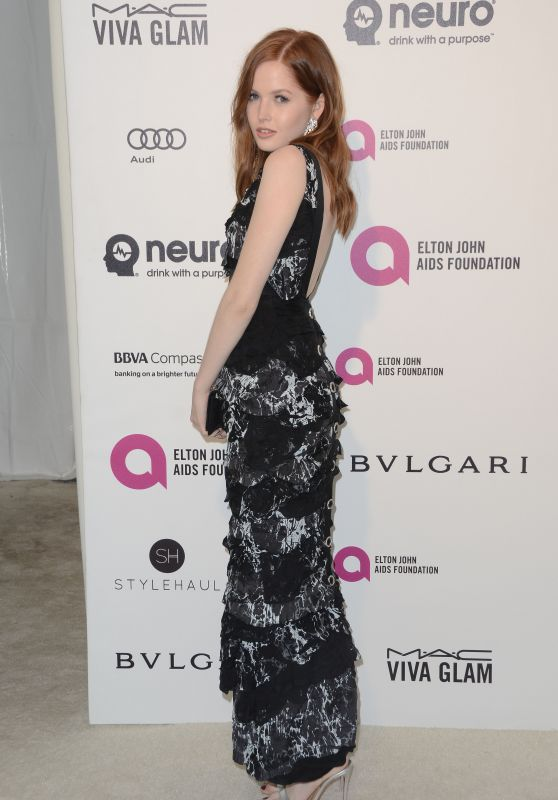 Ellie Bamber – 2016 Elton John Academy Awards Viewing Party