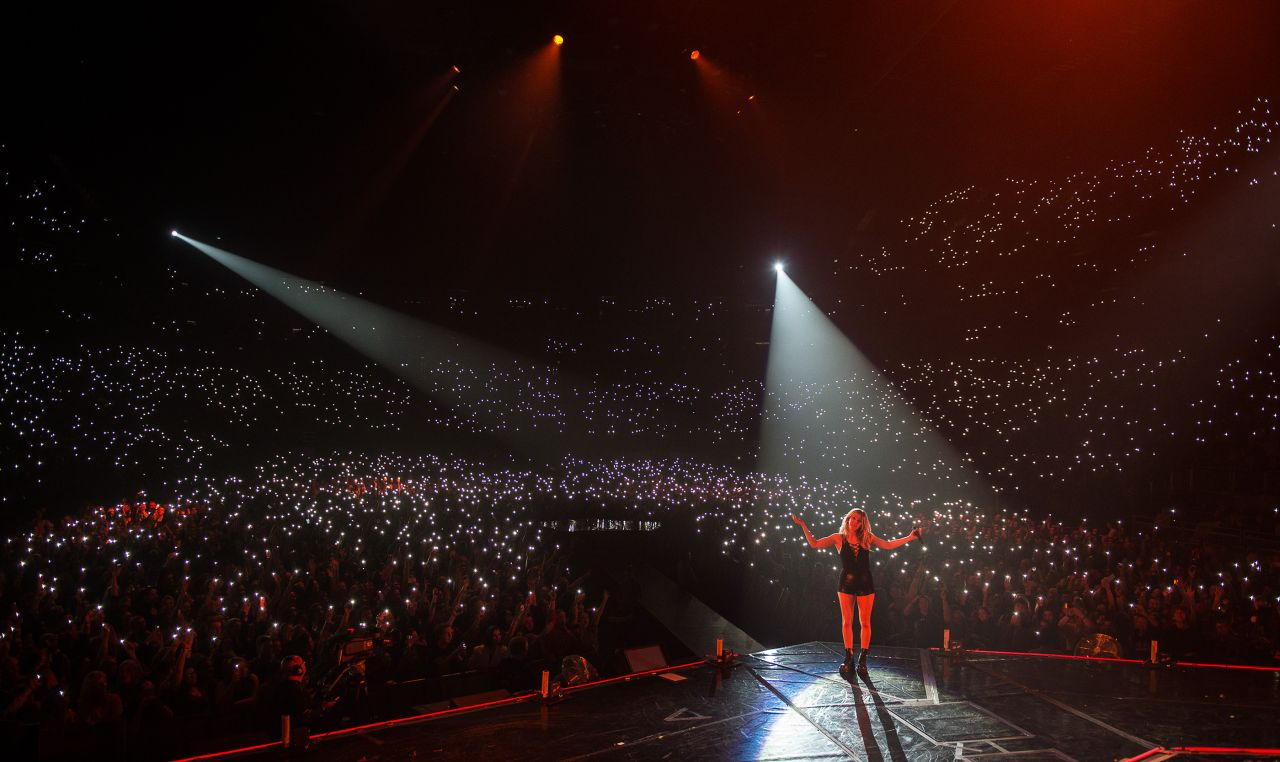 Ellie Goulding Performing At The O2 Arena In London Uk