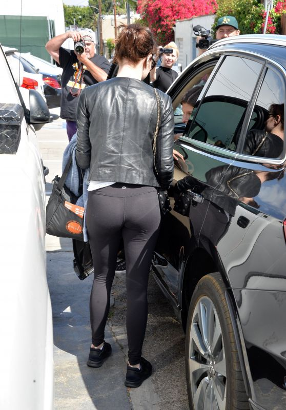 Emma Stone Booty in Tights - Leaving a Gym in LA 3/30/2016