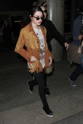 Frances Bean Cobain at LAX AIrport in Los Angeles 3/25/2016