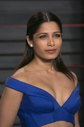 Freida Pinto – 2016 Vanity Fair Oscar Party in Beverly Hills, CA