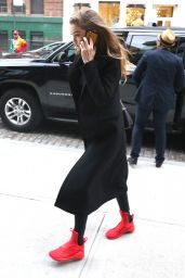 Gigi Hadid in Alo Yoga Moto Leggings - Out in NYC 3/28/2016