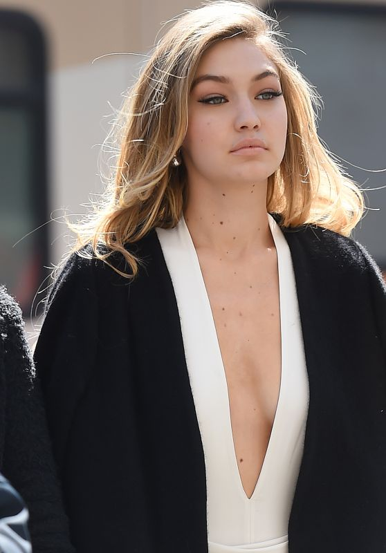 Gigi Hadid - Maybelline Photoshoot in New York City 3/30/2016
