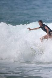 Gisele Bundchen - Surfing Vacation With Husband Tom Brady in Costa Rica, March 2016
