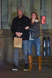 Gisele Bundchen - Taking an Evening Stroll Through Manhattan, March 2016