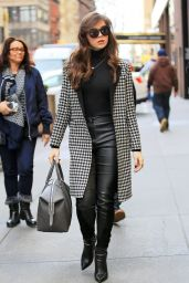 Hailee Steinfeld Style - Out in NYC 3/3/2016