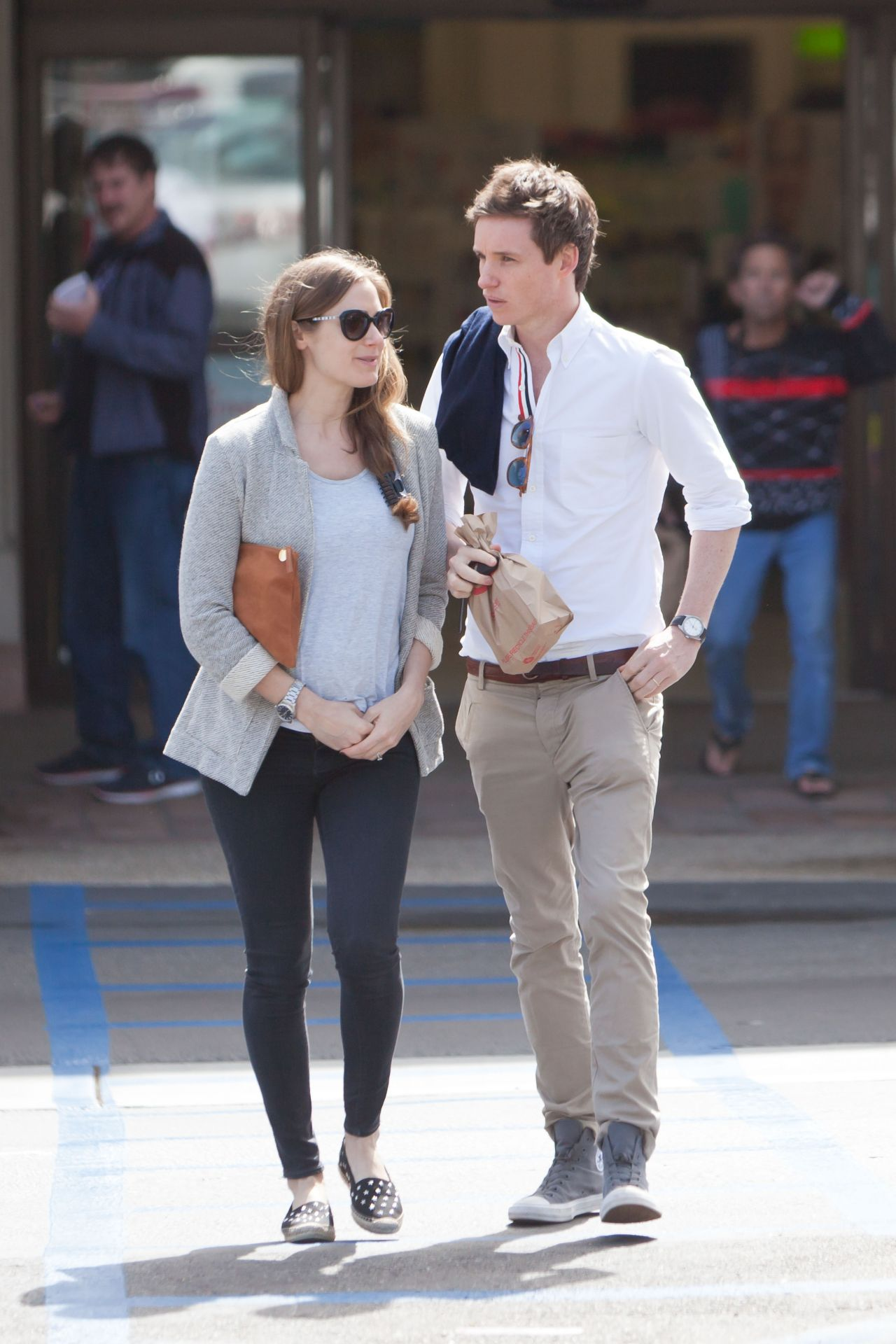 Hannah Bagshawe And Eddie Redmayne Picks Up Meds At The