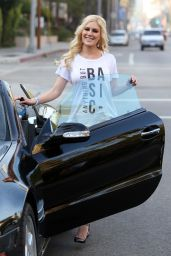 Heidi Pratt in Tight Jeans - Out in Beverly Hills, CA 3/1/2016
