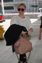Hilary Duff is All Smiles - Arriving to Los Angeles International Airport 3/1/2016