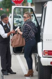 Hilary Duff - Los Angeles Street Style 3/5/2016