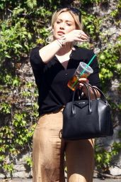 Hilary Duff - Shopping in Los Angeles, CA 3/17/2016