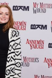 Janina Stopper – 'My Mothers Wound' German Premiere in Berlin