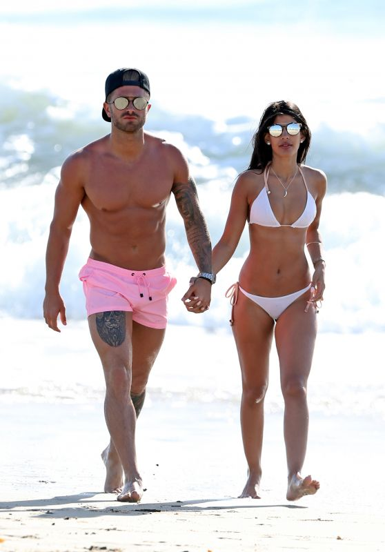 Jasmin Walia Hot in Bikini - With Boyfriend in Santa Monica, March 2016