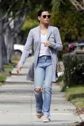 Jenna Dewan in Ripped Jeans - Out in Los Angeles, CA 3/11/2016