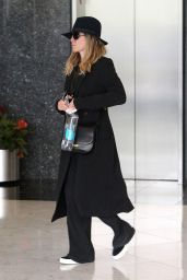 Jennifer Aniston at a Spa in Beverly Hills, March 2016
