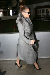 Jennifer Lopez - Heading into Chelsea Piers for a Photoshoot, February 2016