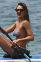 Jessica Alba Hot in Bikini - at the Beach in Hawaii, 3/22/2016