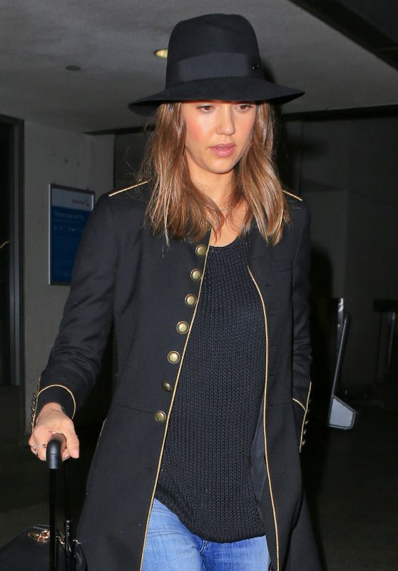 Jessica Alba - Returning From Paris to Los Angeles, March 10, 2016