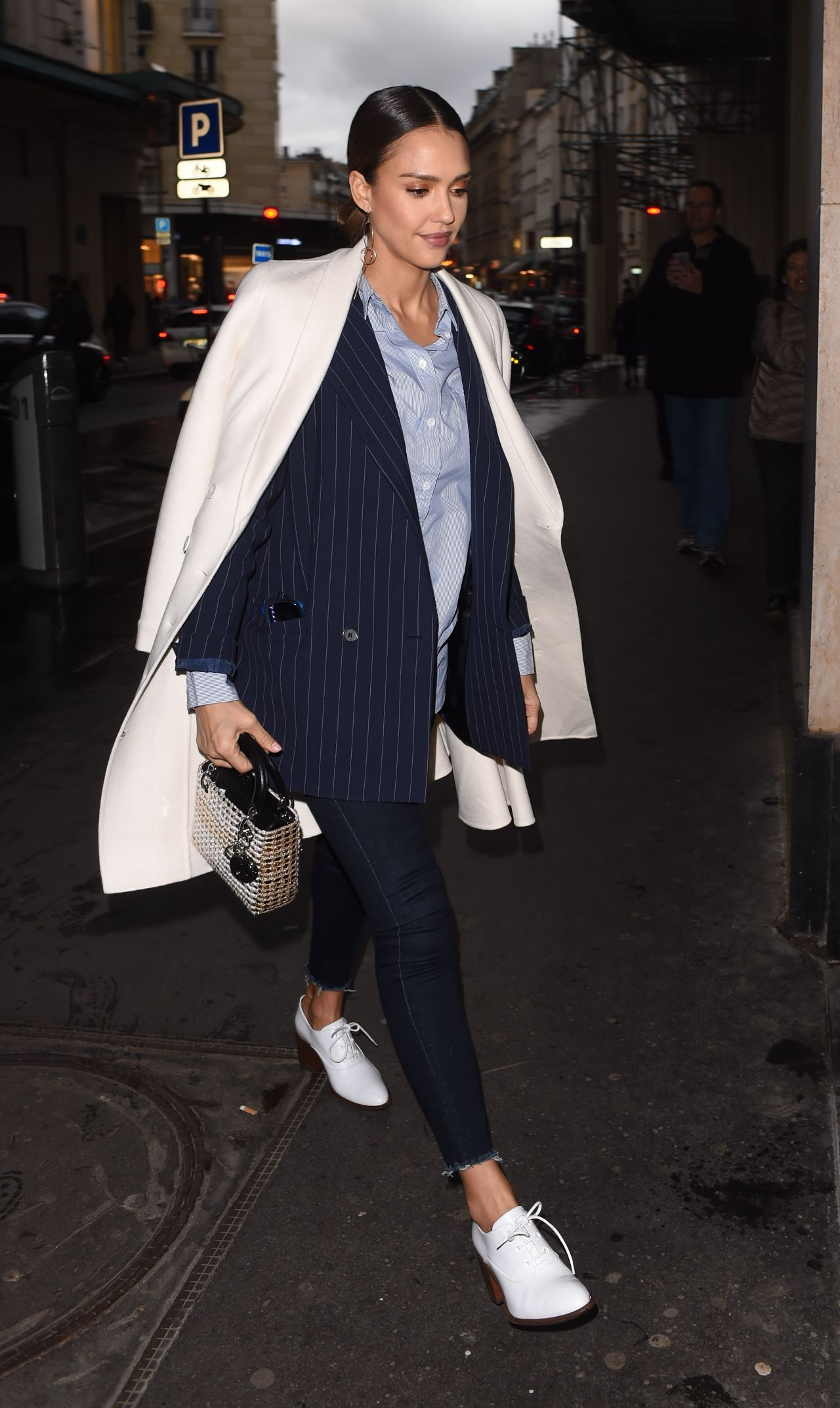 Jessica Alba Street Fashion Out In Paris France 3 4 2016