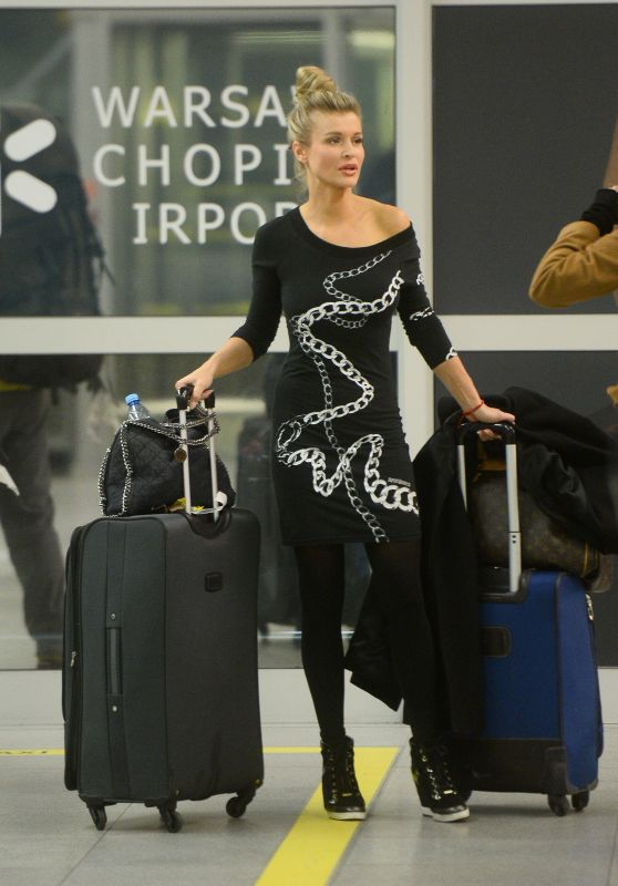 Joanna Krupa - Airport in Warsaw, Poland 3/5/2016