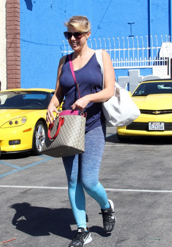Jodie Sweetin at DWTS Studios in Hollywood 3/26/2016