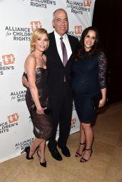 Julie Bowen - Alliance For Children