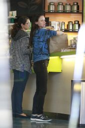 Juliette Lewis - Lunch at Earthbar in West Hollywood 3/23/2016
