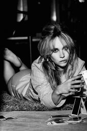 Juno Temple - Photoshoot for Vs Spring/Summer 2016