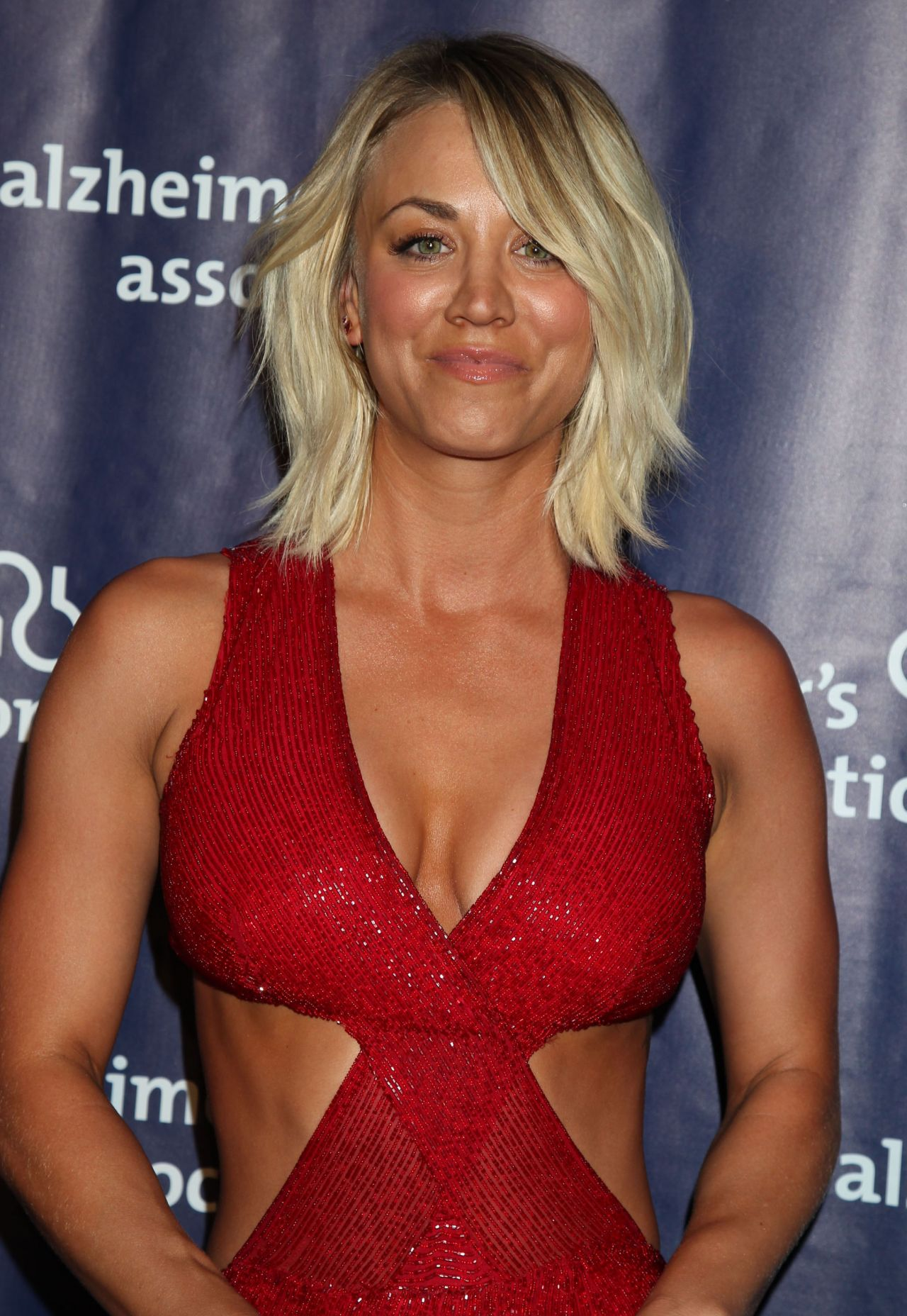 Kaley Cuoco - 2016 Alzheimers Association A Night At -8297