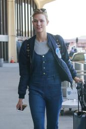 Karlie Kloss - Newark Liberty International Airport, March 2016