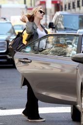 Karlie Kloss Street Style - New York City 3/29/2016