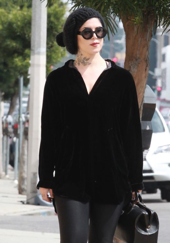 Kat Von D Casual Chic Style - Shopping in Beverly Hills 3/21/2016