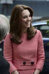 Kate Middleton - Visit the Mentoring Programme of the XLP project at London Wall 3/11/2016