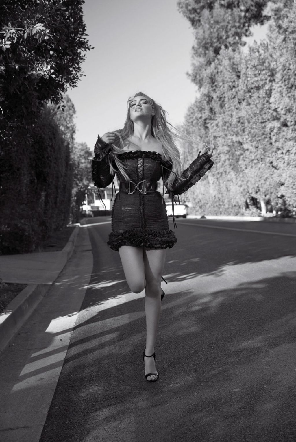 Kate Upton – Photoshoot For V Magazine's V100 Spring 2016 Issue