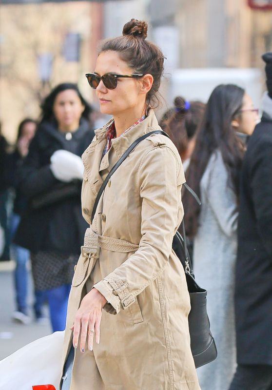 Katie Holmes - Out in NYC, March 2016