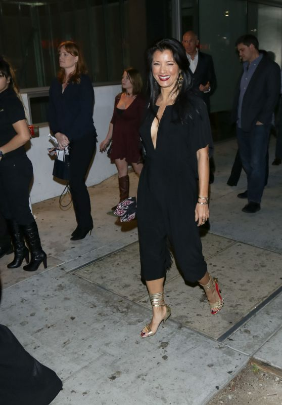 Kelly Hu Night Out Style - at Boulevard 3 Nightclub in Los Angeles, 3/1/2016