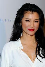 Kelly Hu -