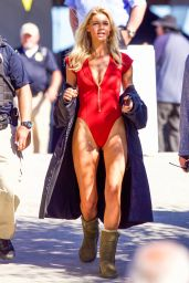 Kelly Rohrbach - On the Set of