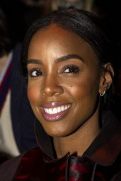 Kelly Rowland - Akris Fashion Show in Paris - Autumn Winter 2016