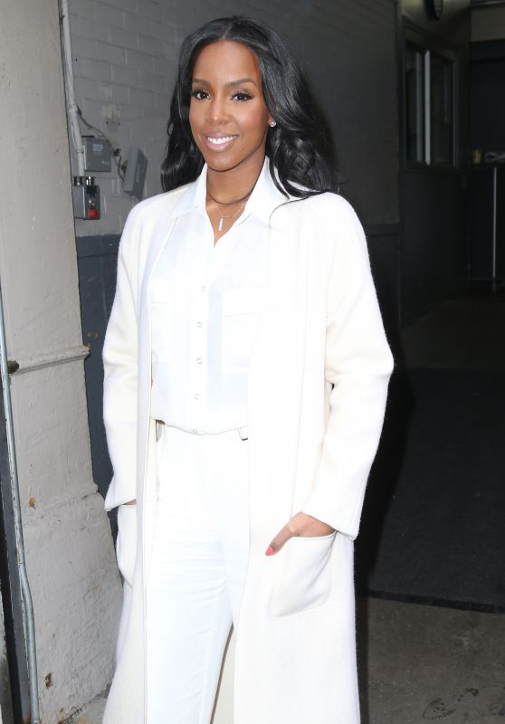 Kelly Rowland Appeared on HuffPost Live in New York City 3/21/2016