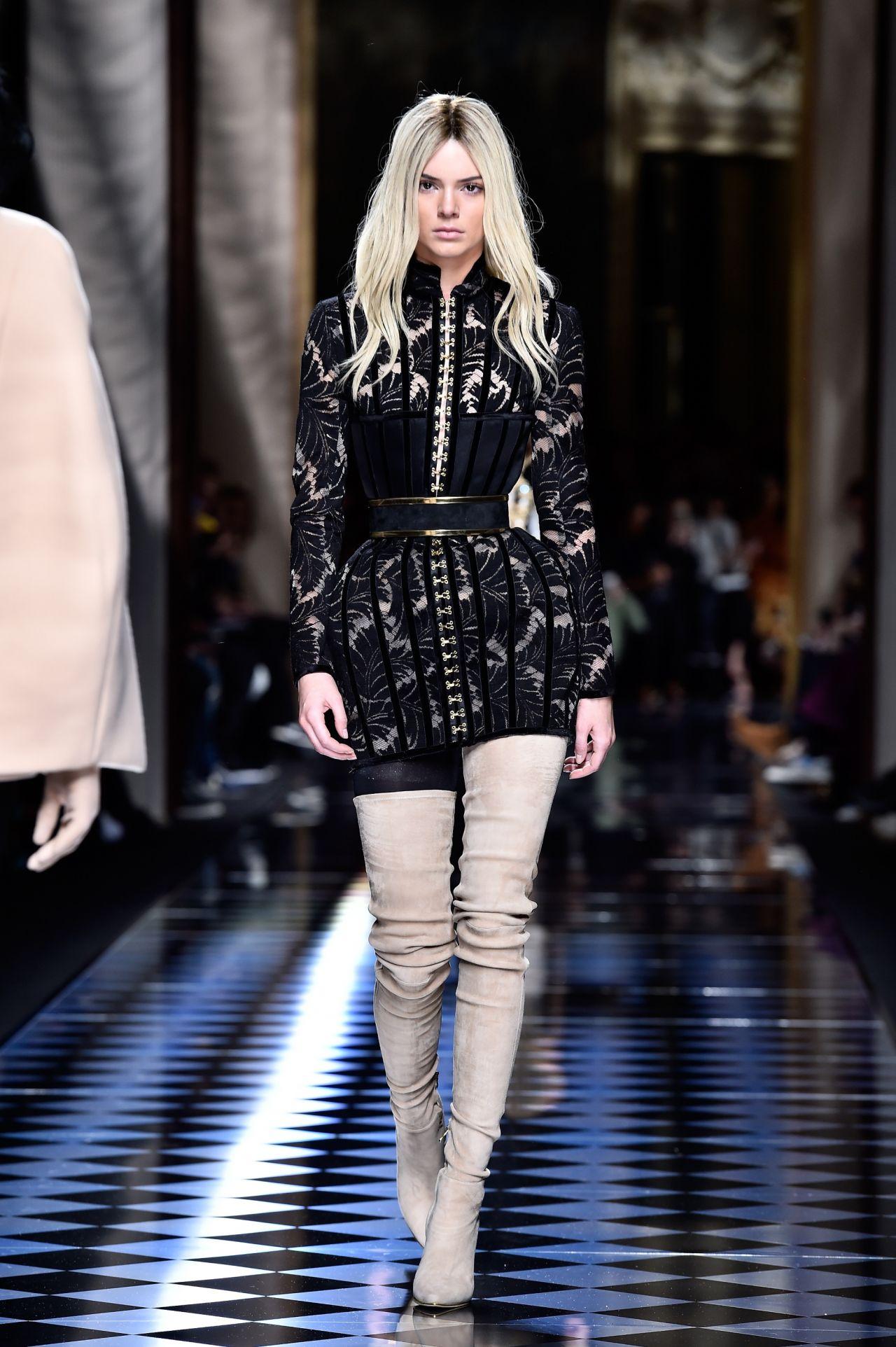 Kendall Jenner Balmain Fashion Show Paris Fashion Week