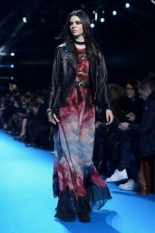 Kendall Jenner - Elie Saab Fashion Show in Paris 3/5/2016
