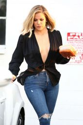 Khloe Kardashian Booty in Tight Jeans  - Out in Van Nuys in LA, March 2016