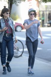 Kristen Stewart Street Style - Out and about in Los Angeles 3/3/2016