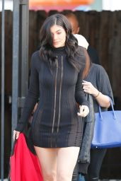 Kylie Jenner - Leaves the Studio For Her Show