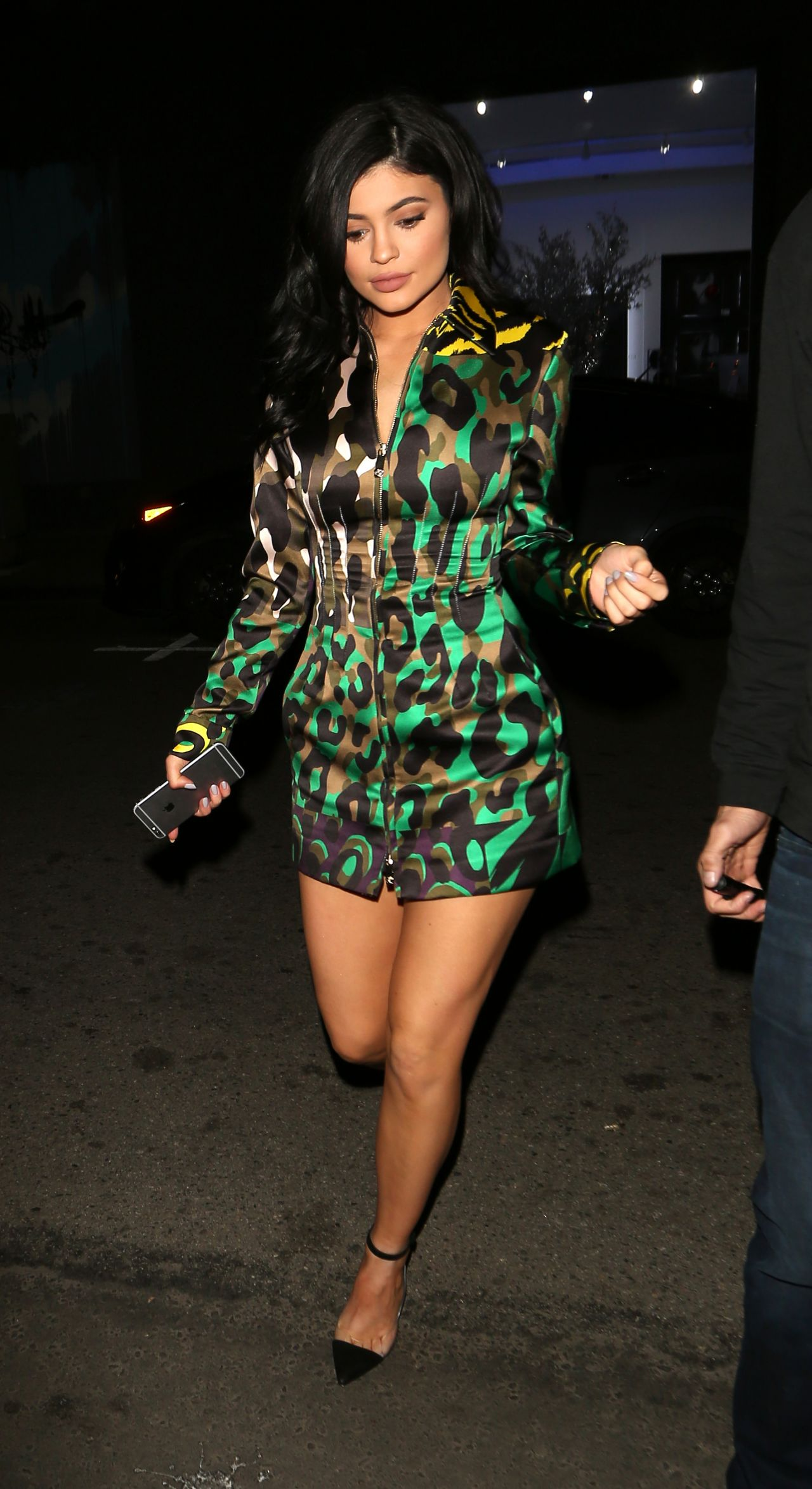 Kylie Jenner Night Out Style Nice Guy In West Hollywood