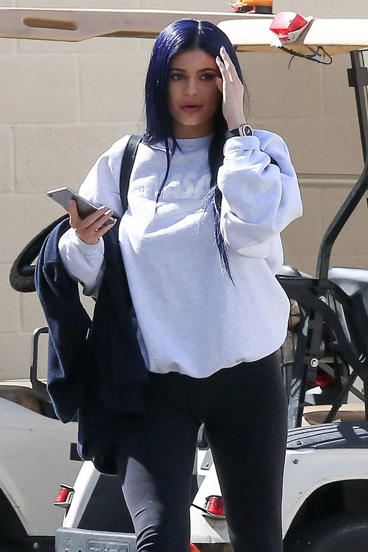 Jenner Shows Off Her New Hair Color- Out in Calabasas 3/12/2016