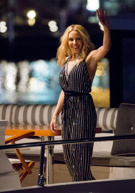 Kylie Minogue - Leaves Qatar Airways Sydney Flight Launch Event in Darling Harbour, March 2016