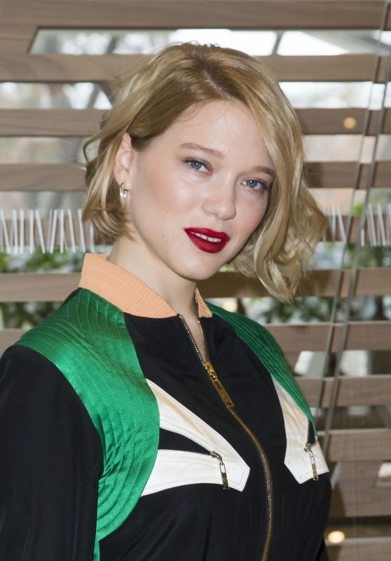 Léa Seydoux - Louis Vuitton Fashion Show in Paris 03/09/2016